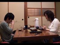 禁断の近親交尾 湯本塩原路 - 里中亜矢子の画像
